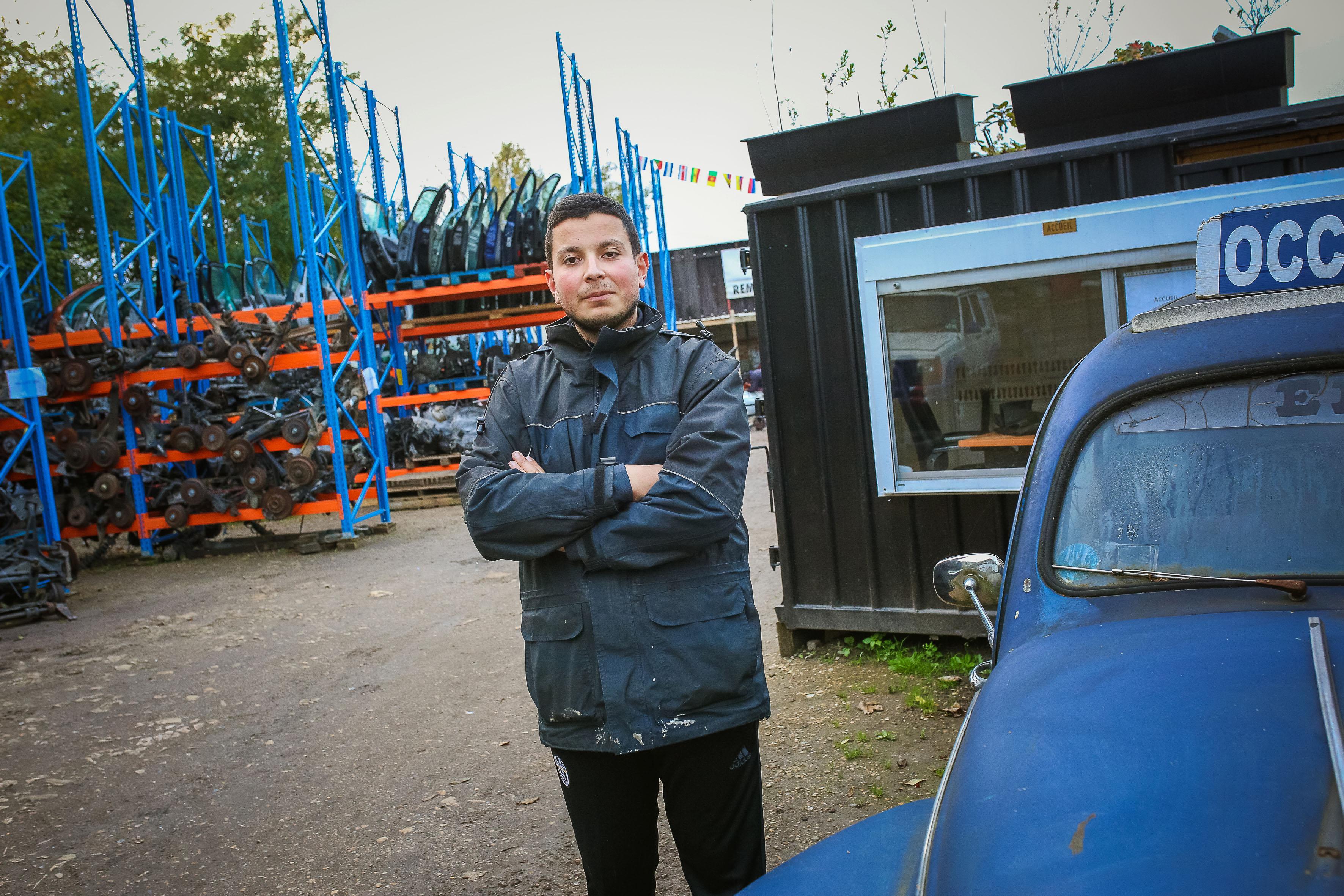 Il cr e un garage solidaire pour aider les pr caires for Garage solidaire nice