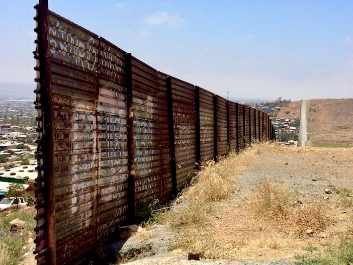 Le mur USA-Mexique, Tijuana