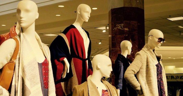 mannequins, mes 43 objets, l'individu porte-manteau