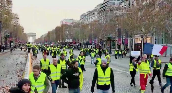 Gilets jaunes, Champs-Elysées, defile anti-mode