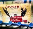 Une affiche Houra avec un homard