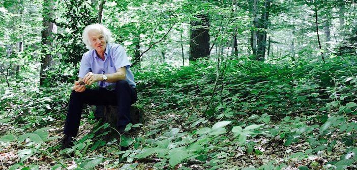 Ernst Zurcher dans la forêt