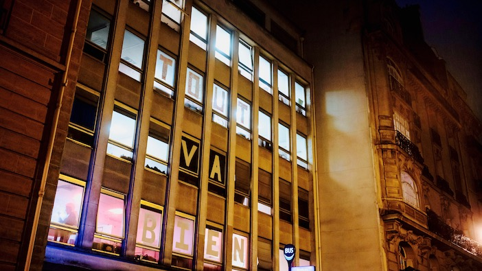 La façade du squat Post, photo François Lafite